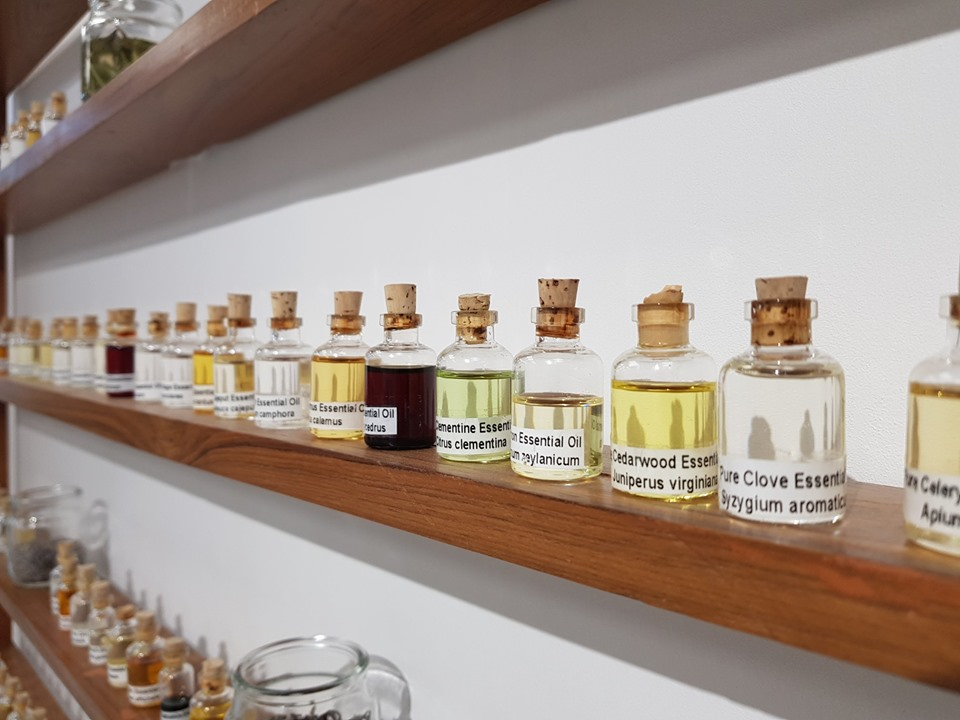 Natural & Pure Essential Oils | Best Quality Products Money